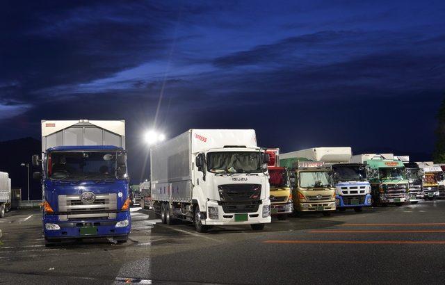トラック運送業界のM&A(買収・売却)と企業価値評価