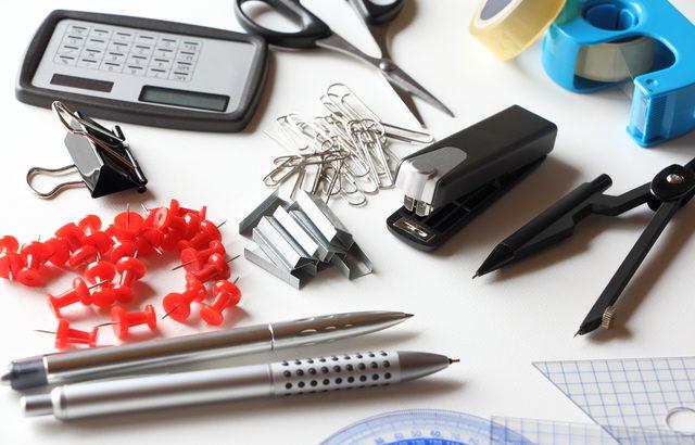 事務用品製造業界のM&A(買収・売却)と企業価値評価