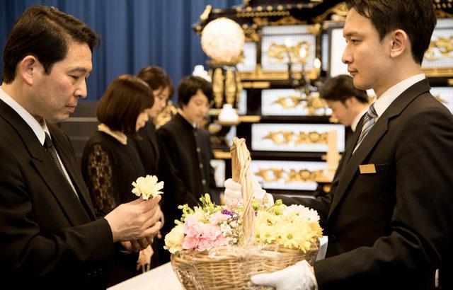葬儀業界のM&Aと企業価値評価
