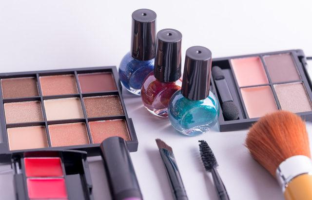 化粧品製造業界のM&A(買収・売却)と企業価値評価